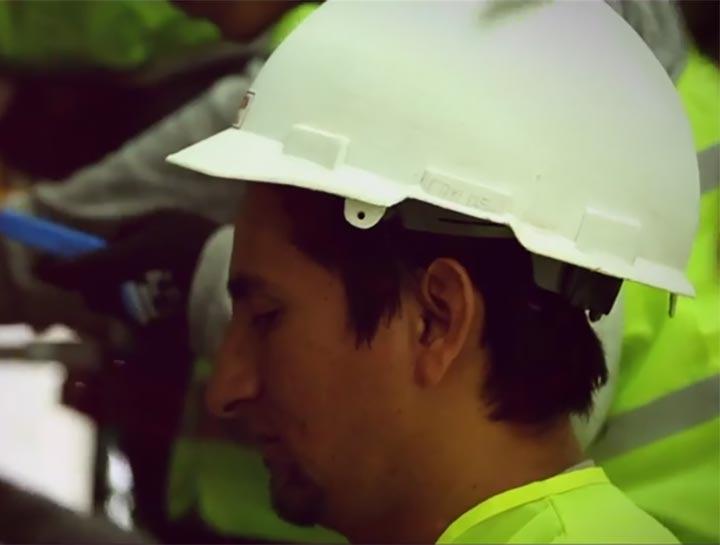 Realizamos proyectos de planta interna y externa, uno de nuestros proyectos es CNT, gracias a nuestro equipo altamente calificado y a tecnología de punta